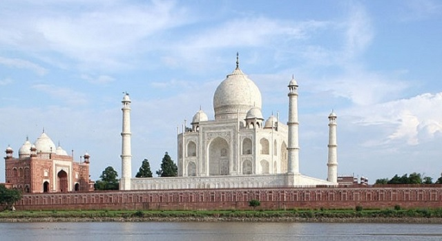 Famous Historical Monuments of India